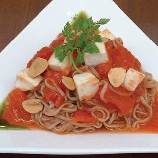 レシピ画像:おそばの冷製トマトソース パスタ仕立て