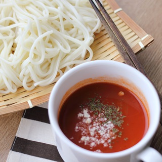 レシピ画像:ひやむぎのつけ汁ナポリタン風