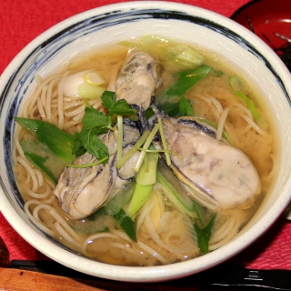 レシピ画像:牡蠣と長ねぎの味噌バター南蛮そば